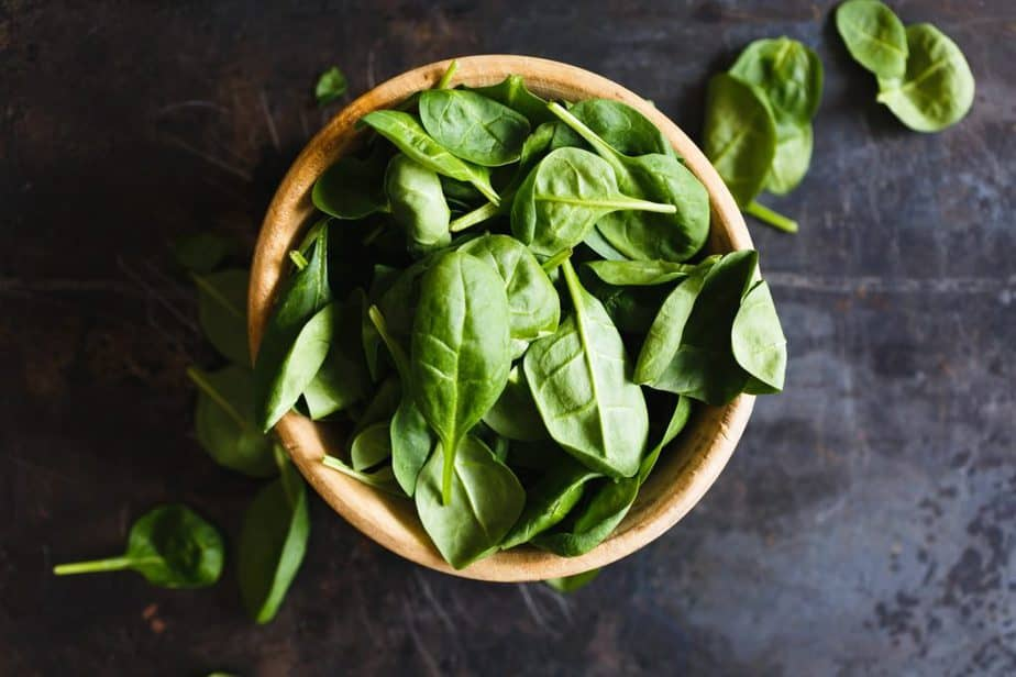 superfoods leafy greens nutrients spinach