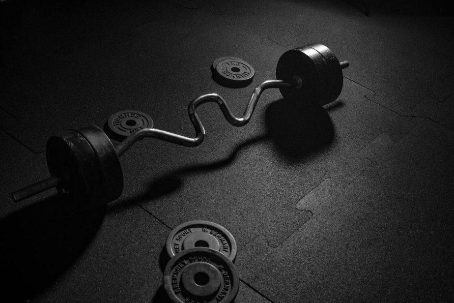weights, dumbell, gym etiquette