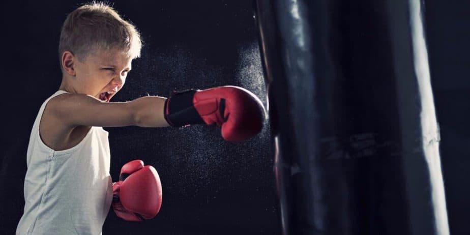 A kid has a box training
