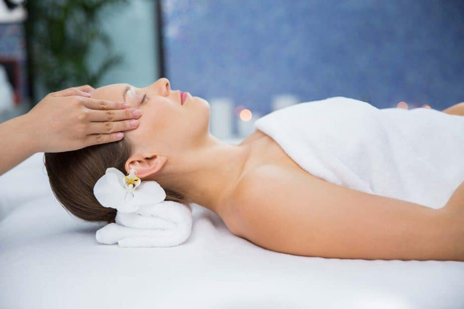 Reduceing stress with massage