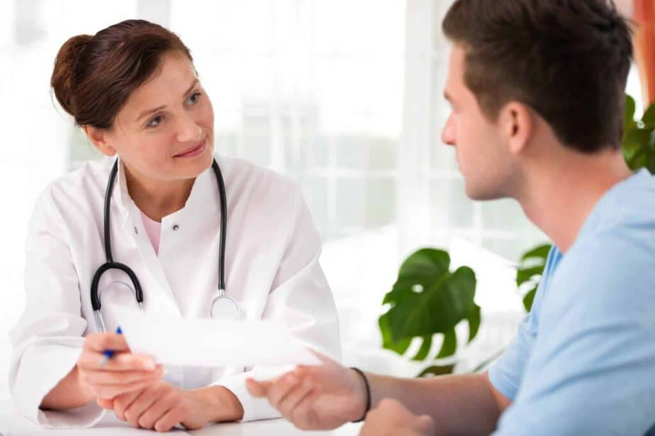 Consultations with the doctor before medical fasting.
