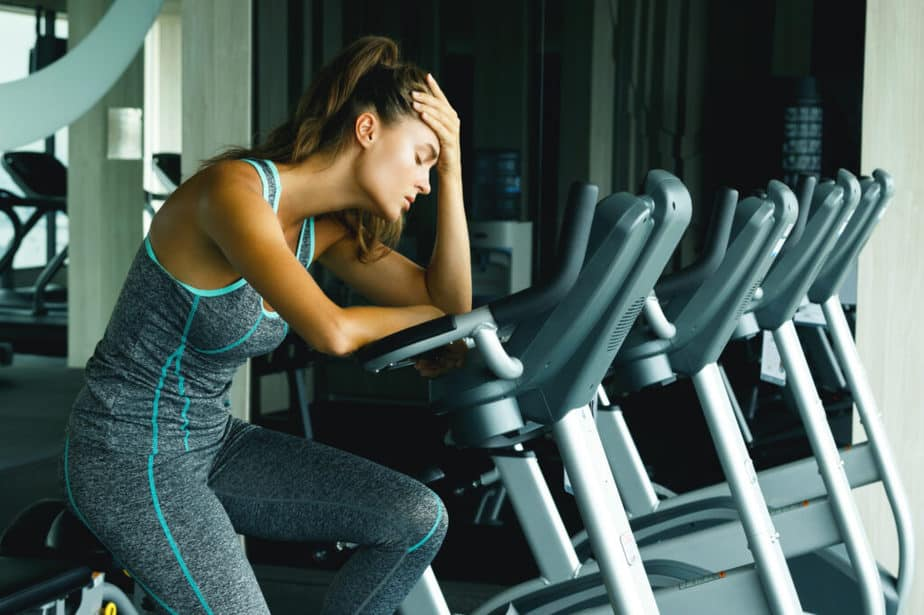 A girl is thinking about training - To train or not.