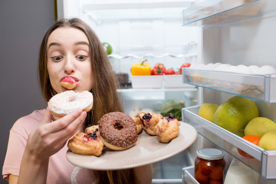 Overeating prevents a healthy weight.