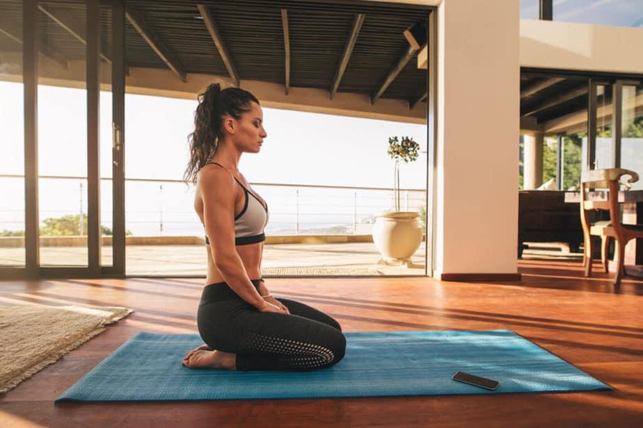 Simple way to seiza posture.