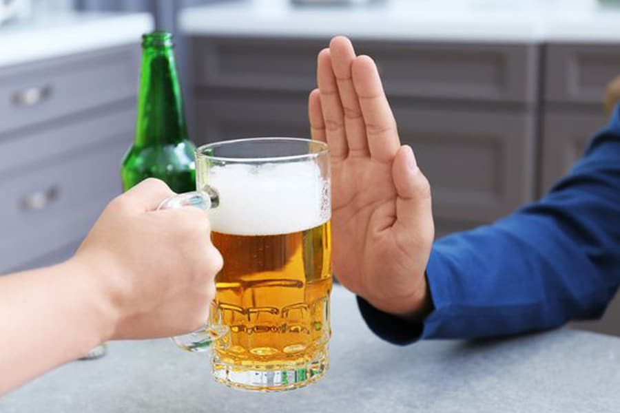 Lose extra pounds with rejecting alcohol.