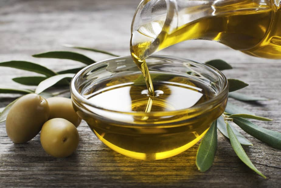 Diet and important facts you must not forget - Olive Oil.
